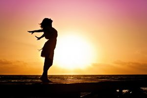 woman-happiness-sunrise-silhouette-40192-1